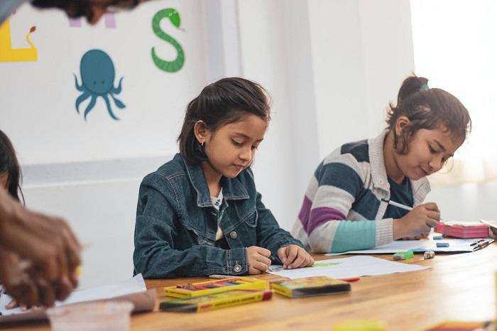 Cha mẹ hãy dạy con tư duy phản biện