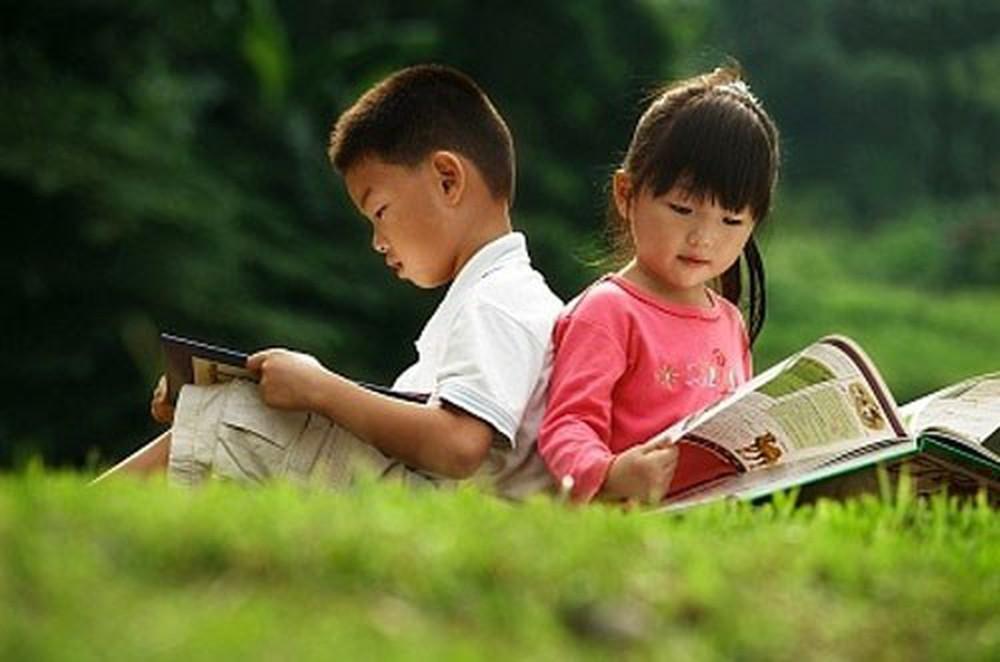 Học tiếng nước ngoài bằng cách đọc sách báo